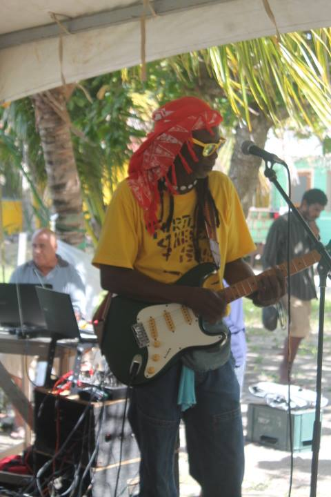 Reggae music at Placencia
