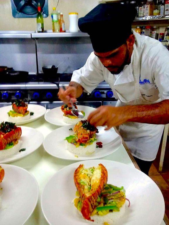 Belize island dining
